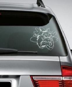 Primer izgleda bele samolepilne avto nalepke Buldog na zadnjem steklu avta bele barve.