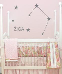 Primer otroške stenske nalepke horoskop tehtnica z imenom Žiga.